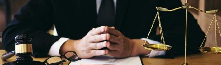 3 Reasons To Hire A Criminal Defense Lawyer